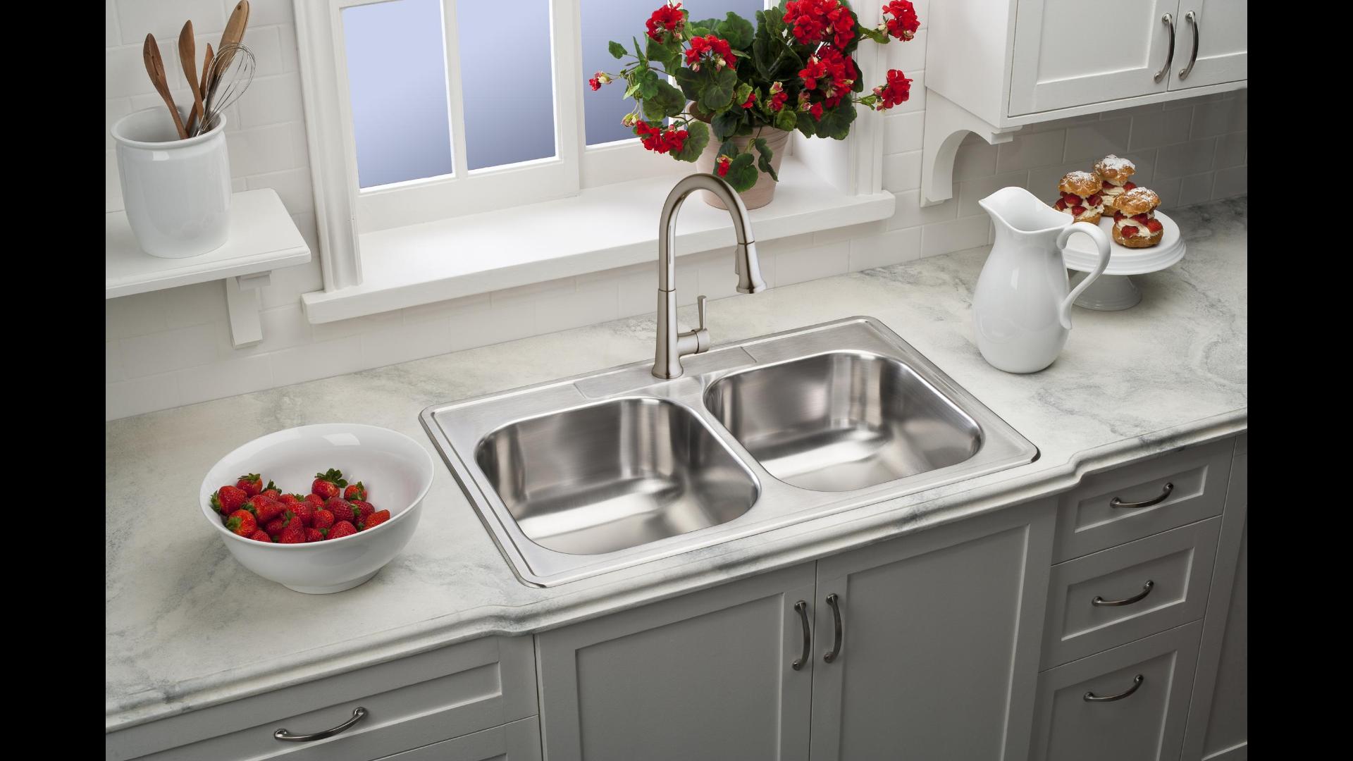 elkay manufacturing stainless steel sinks